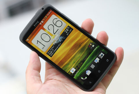 thay mat kinh htc one x