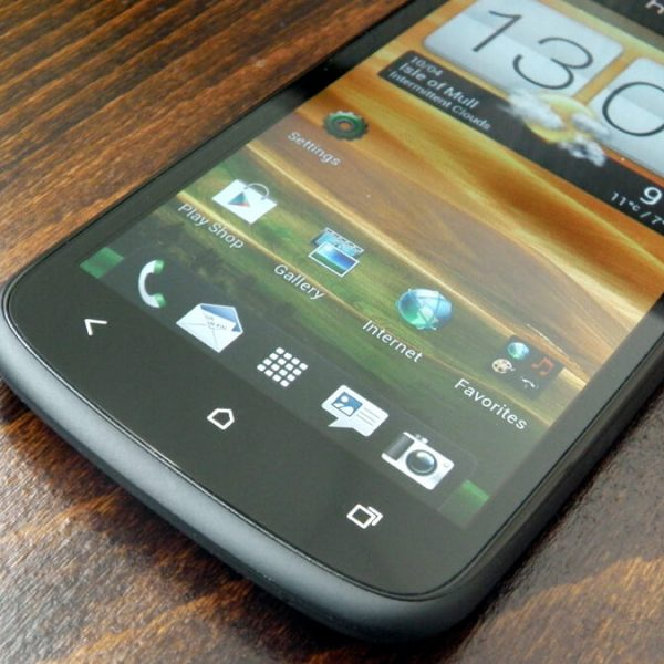 thay mat kinh htc one s